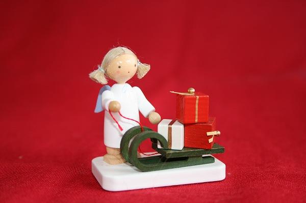 天使とクリスマスのソリ