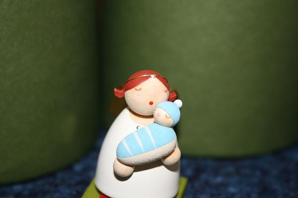 天使と男の子の赤ちゃん
