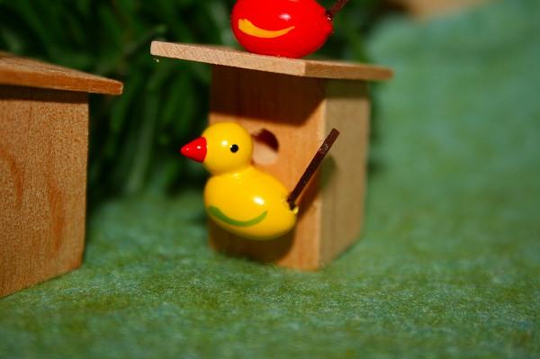 小鳥のペア巣箱付き 赤・黄