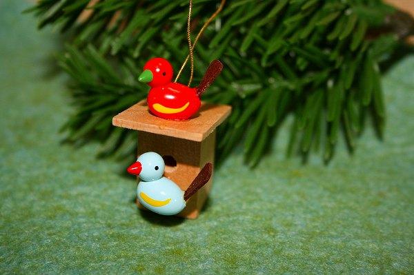 小鳥のペア巣箱付き 赤・水色