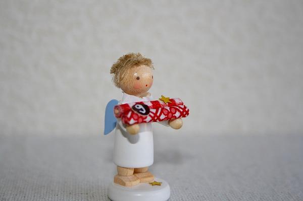 天使とラッピングペーパー(9)