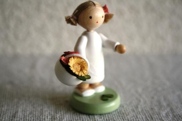 花かごと女の子