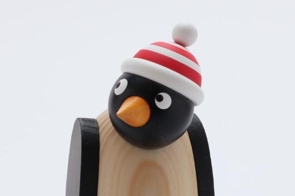 ペンギン 赤シマ帽子